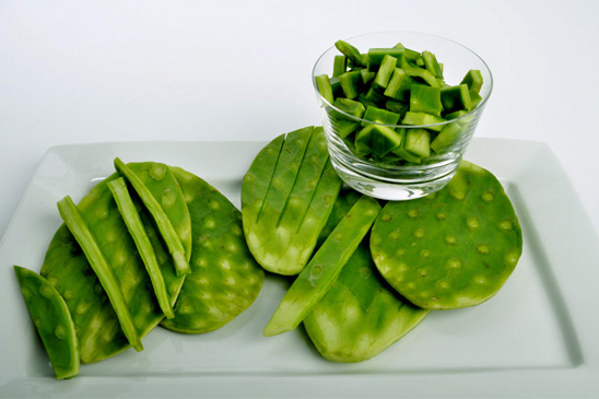 Cactus-Detox-Retreat-Cactus-on-plate